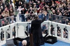 obama-greets