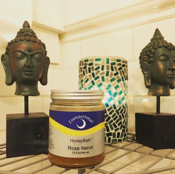 Lunaroma bath products
